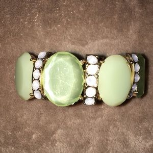 Jewelry - Green costume jewelry bracelet with gold trim